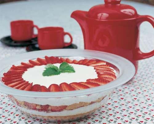 20-pastel-de-galleta-y-fresas-con-crema
