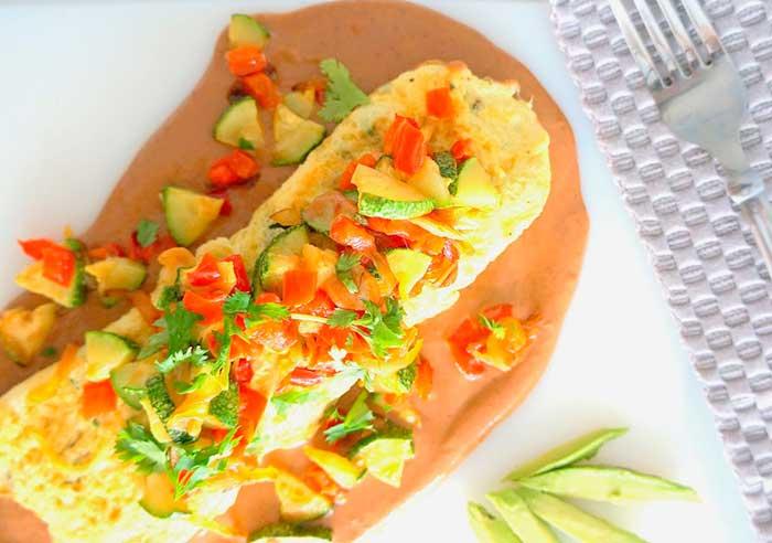 Omelette en salsa de frijoles