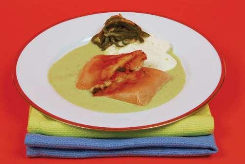 105-tamales-de-rajas-con-crema-poblana
