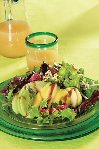 ensalada-de-lechugas-mixtas-y-frutas