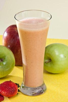 jugo-de-pl-tano-manzana-y-fresa