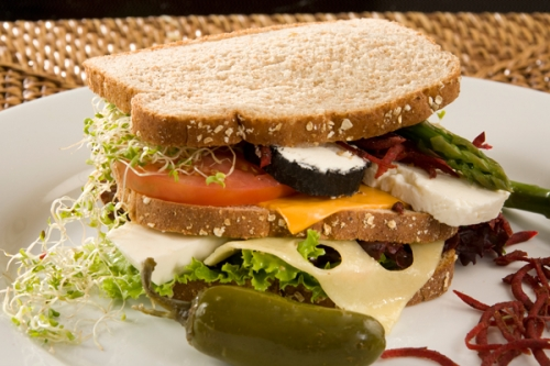 club-s-ndwich-de-queso-y-vegetales