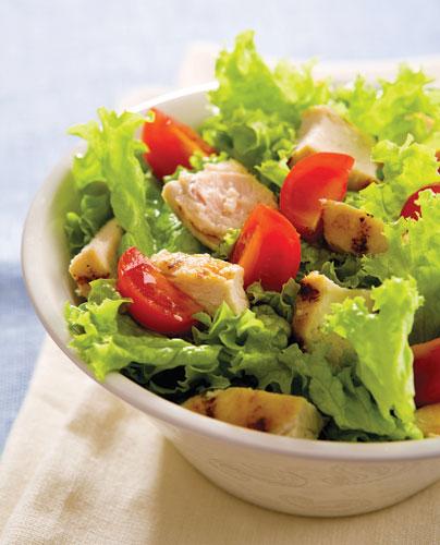ensalada-de-pollo-lechuga-y-jitomate