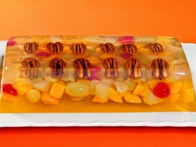 Gelatina de frutas y nueces