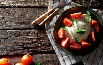 Ensalada-capresse-de-tomates-mixtos-1
