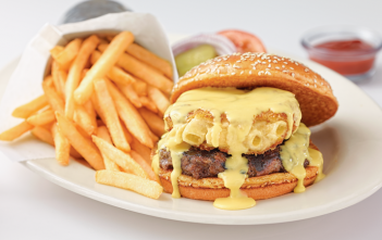 Mac-&-CheeseBurger