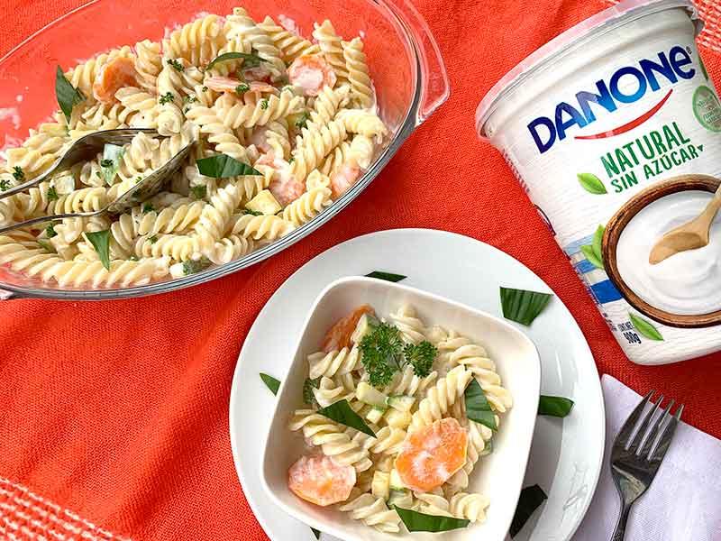 Atrévete a comer pasta con una salsa ligera. Coditos con salsa de yoghurt muy fácil de hacer