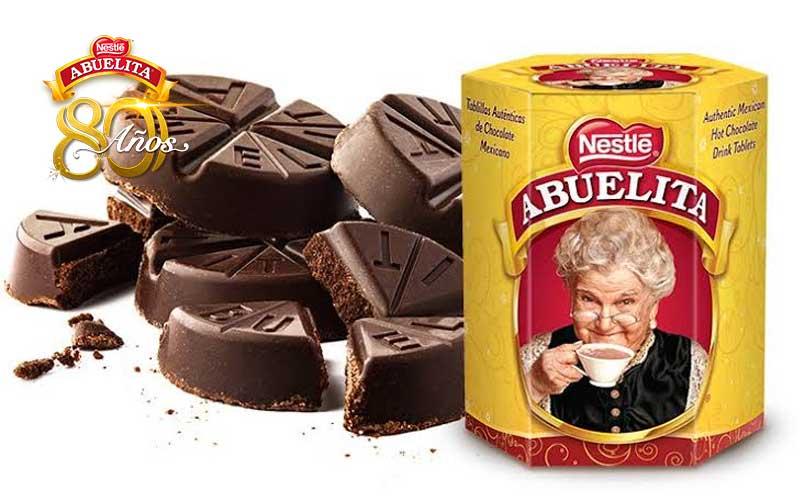 Chocolate Abuelita cumple 80 años